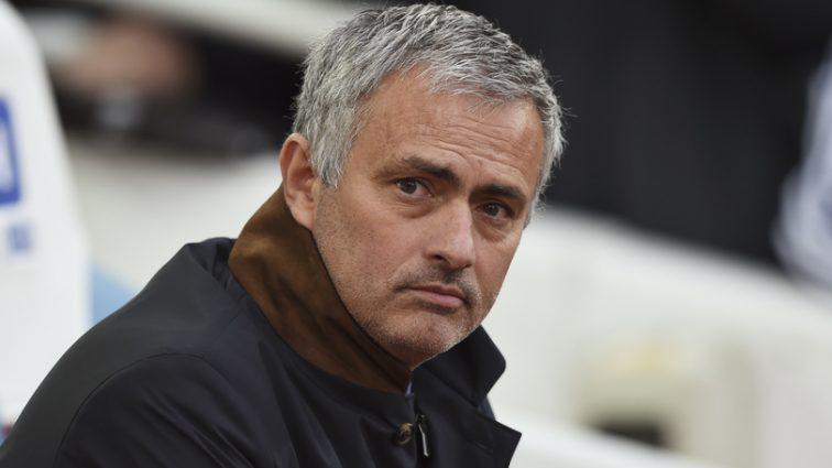 Моуринью пожаловался на несправедливое отношение к Манчестер Юнайтед