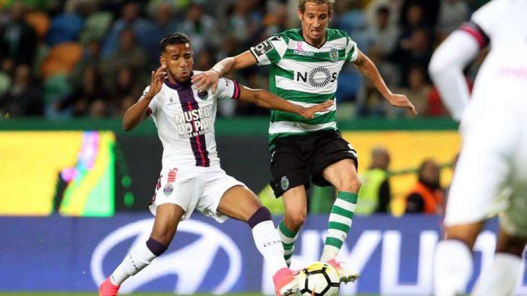 Четыре футболиста португальского клуба подозреваются в сдаче матча
