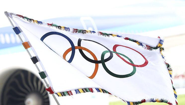 Большинство спортсменов России согласилось поехать на Олимпиаду-2018 под нейтральным флагом