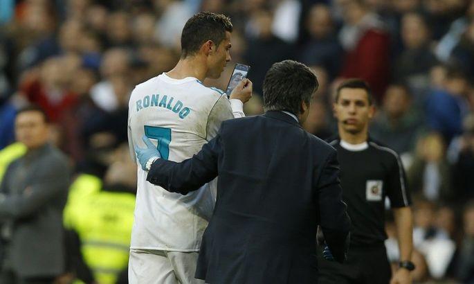 Роналду уйдет из Реала ближайшим летом, если мадридцы договорятся с Неймаром