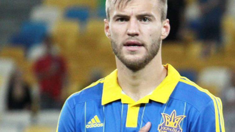 «Самая красивая жена футболиста»: А вы видели жену Андрея Ярмоленко? Только посмотрите на эту страстную брюнетку
