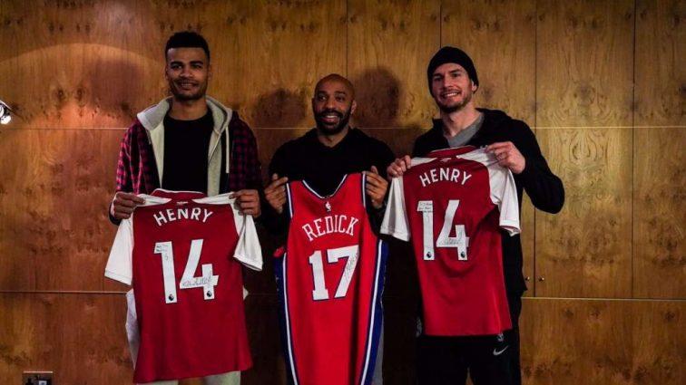 Звезды футбола посетили матч НБА в Лондоне