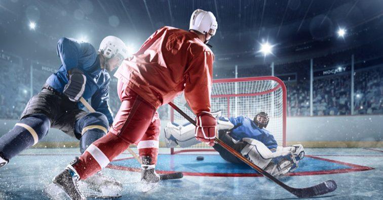 НХЛ: Рейнджерс обыграли Баффало в матче на открытом стадионе