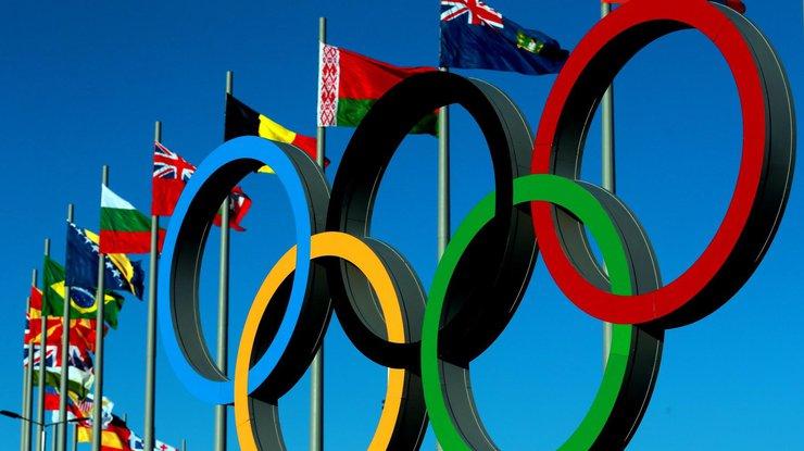 Впервые в истории: олимпийская медаль досталась двум лыжницам