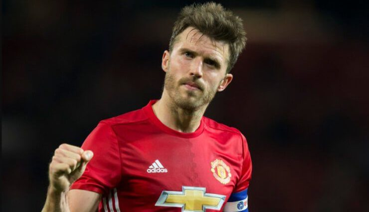 Футболист Манчестер Юнайтед объявил о завершении карьеры