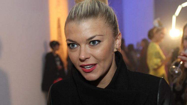 «Знакомство с мужем подстроили родители»: Как живет и чем занимается дочь известных спортсменов, Ирина Блохина