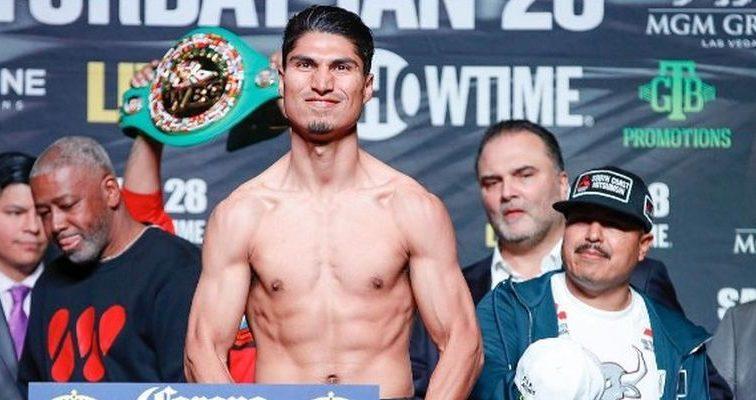 Гарсия стал чемпионом мира в четырех категориях