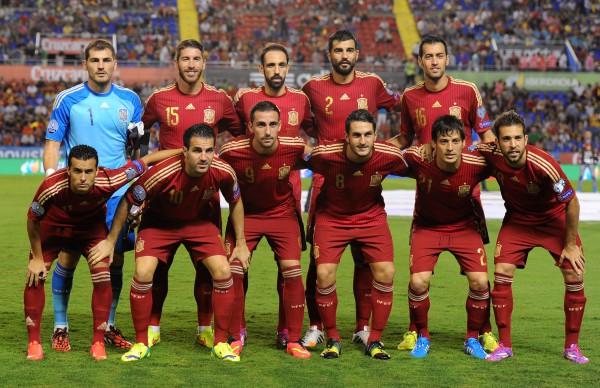 Футбол: Испания разгромила Аргентину в товарищеском матче
