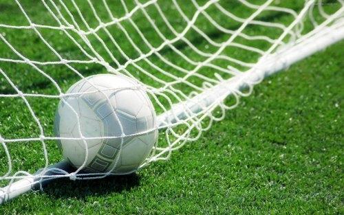 Новый забавный антирекорд: Футболист из Германии третий раз за сезон забил гол в собственные ворота