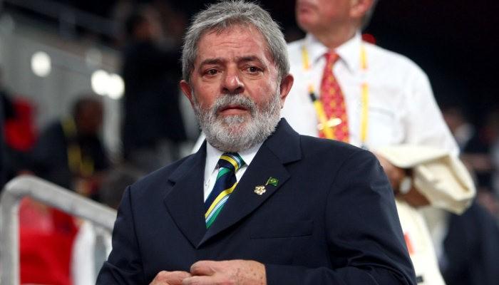 Экс-президент Бразилии будет комментировать чемпионат из тюремной камеры