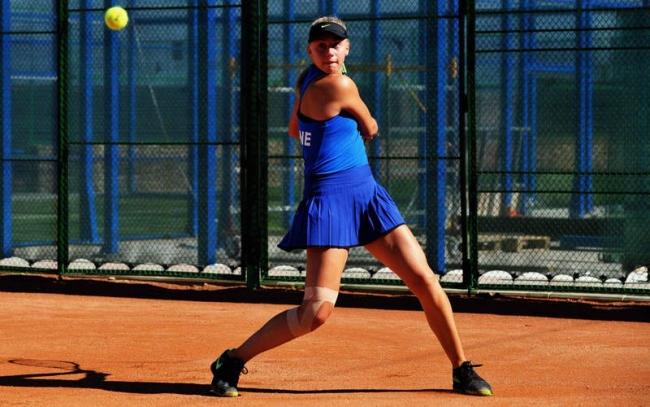 Украинская 15-летняя теннисистка борется за место в финале турнира ITF