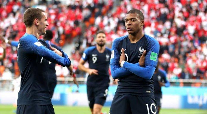 Еще одна команда в плей-офф: Франция обыграла Перу
