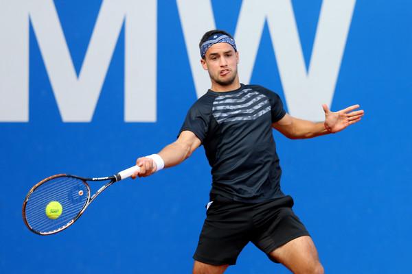 Еще один теннисист дисквалифицирован за договорные матчи