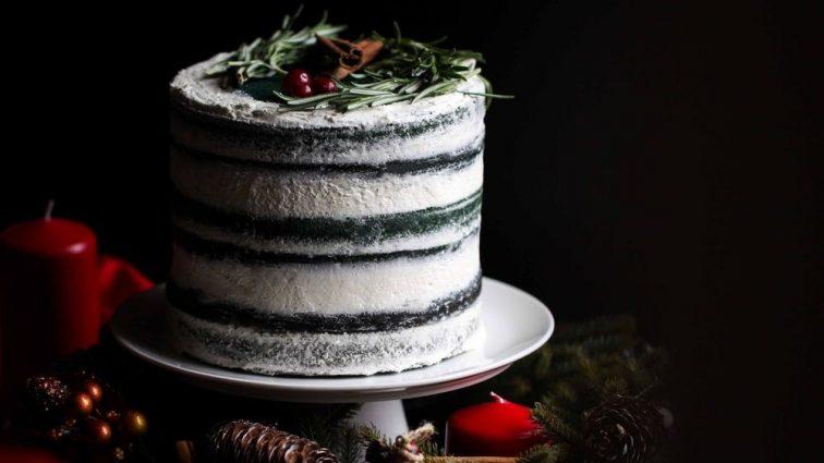 Сборной России в честь победы приготовили на ужин простой торт (ФОТО)