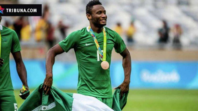 Капитан сборной Нигерии выйдет на поле с переломом руки