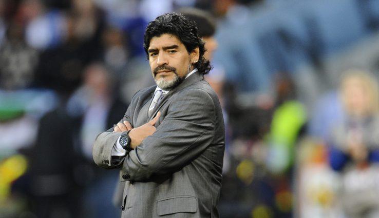 Накануне чемпионата госпитализировали известного футбольного тренера