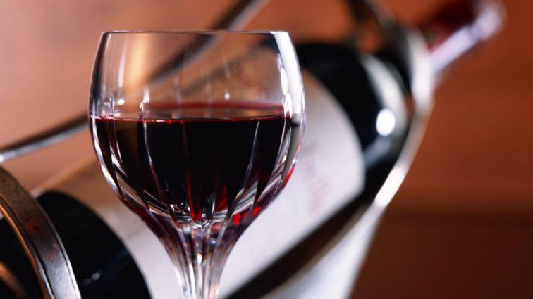 Вот почему красное вино полезно для здоровья