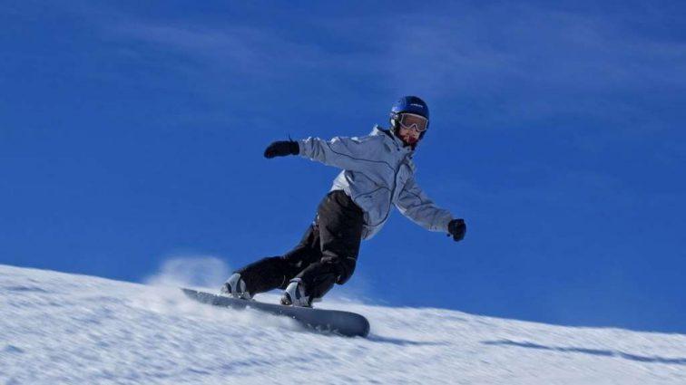 «Покойся с миром, мой маленький чемпион» Юная сноубордистка совершила самоубийство в свой День рождения