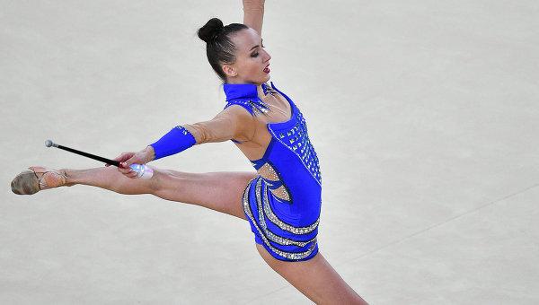 «Мамочка — огонь!»: 25-летняя гимнастка Анна Ризатдинова поразила шикарными внешними данными