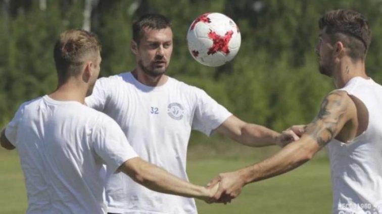 «Он футбола в жизни не видел нормального»: Экс-тренер Динамо рассказал о конфликте с Милевским