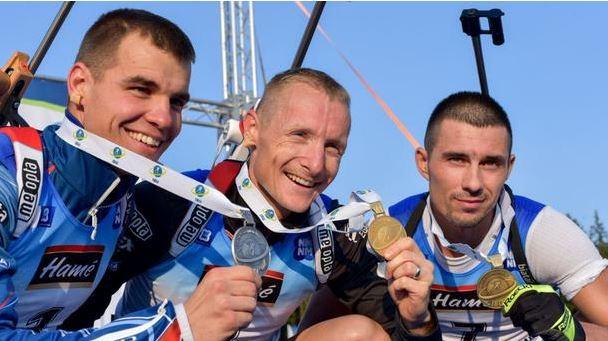 Украинец выиграл медаль летнего ЧМ по биатлону