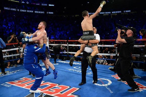 В мировом боксе разгорелся громкий скандал: узнайте подробности инцидента