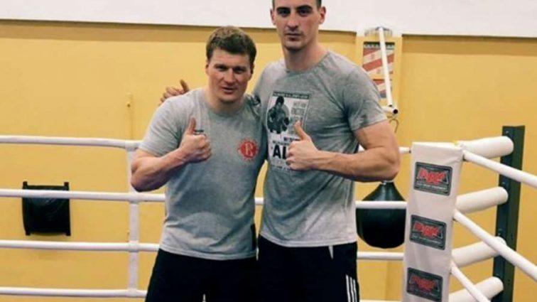 Непобедимый боксер-гигант Александр Захожий впервые выйдет на ринг Германии