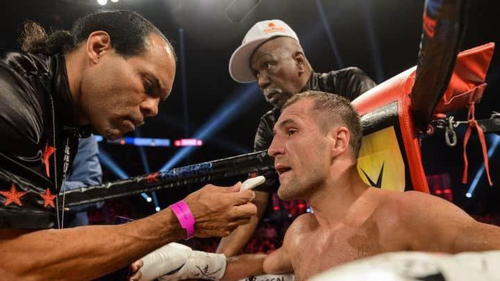 Российский боксер потерял звание чемпиона мира по версии WBO