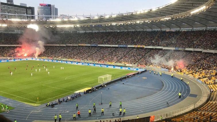 После футбольного матча «Динамо-Шахтер» на «Олимпийском» едва не произошла трагедия
