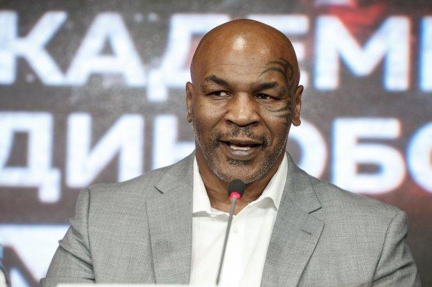 «Он обладает непревзойденным стилем»: На пресс-конференции в России Тайсон сказал, что лучшим боксером мира является украинец
