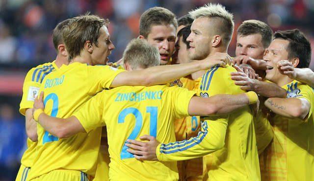 Историческая игра: украинцы обыграли Чехию в Лиге наций, а Шевченко попал в драку фанатов