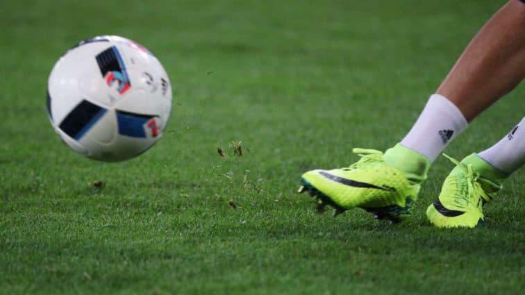 Одна из самых тяжелых травм в футболе: прославленного украинского футболиста прооперировали в Лондоне
