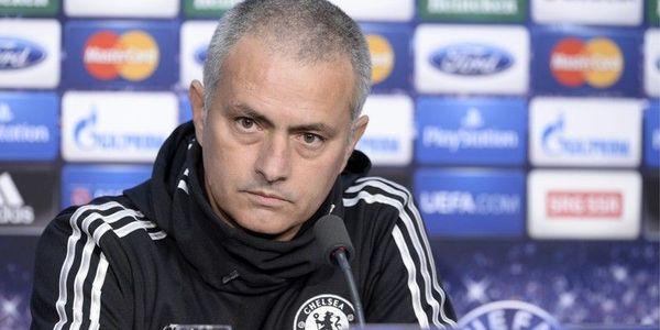«Меня оскорбляли в течение 90 минут», — тренер «Манчестер Юнайтед» прокомментировал, почему начал «тролить» фанатов