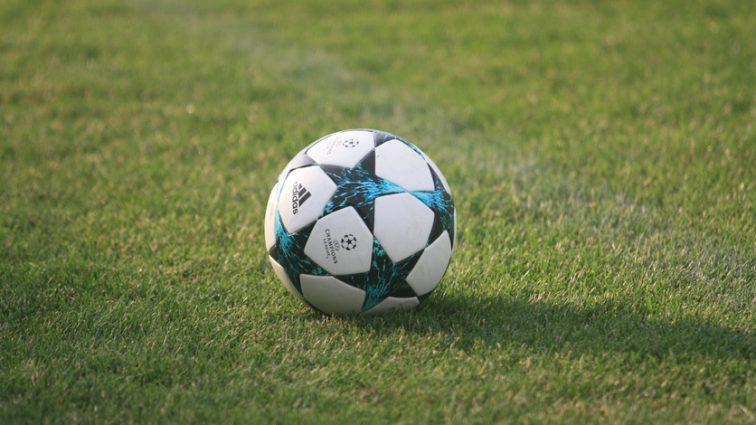 «В возрасте 24 лет»% Известный украинский футболист объявил о завершении карьеры