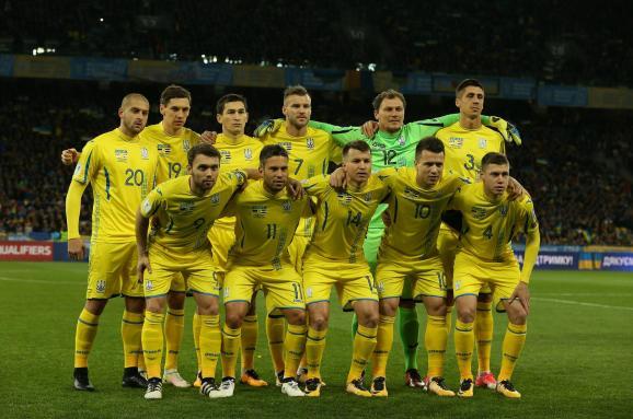 «Несмотря на травмы»: В Украине назвали лучшего футболиста сборной