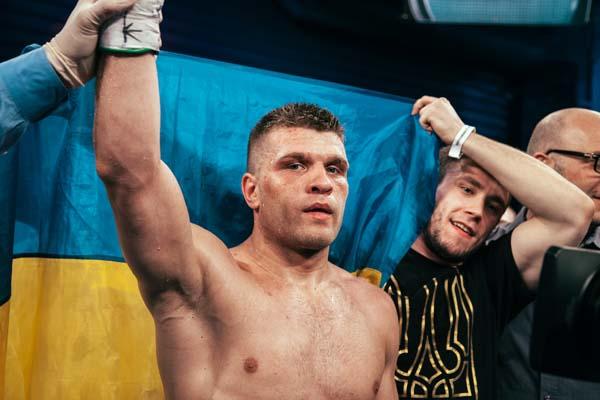 Сергею Деревянченко предложили боксировать за звание претендента на чемпионский пояс