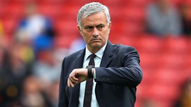 Неожиданно: «Манчестер Юнайтед» уволил с поста главного тренера Жозе Моуринью