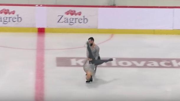 «Упала на лед вниз головой»: Во время соревнований по фигурному катанию произошел досадный инцидент