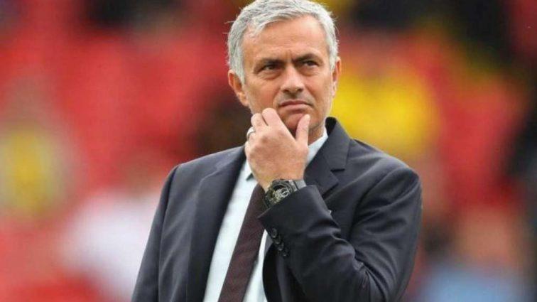«Из-за конфликта с Моуринью»: Звездный нападающий «Манчестер Юнайтед» хочет покинуть команду