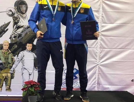 Украинские фехтовальщики привезут домой две медали с чемпионата мира во Франции
