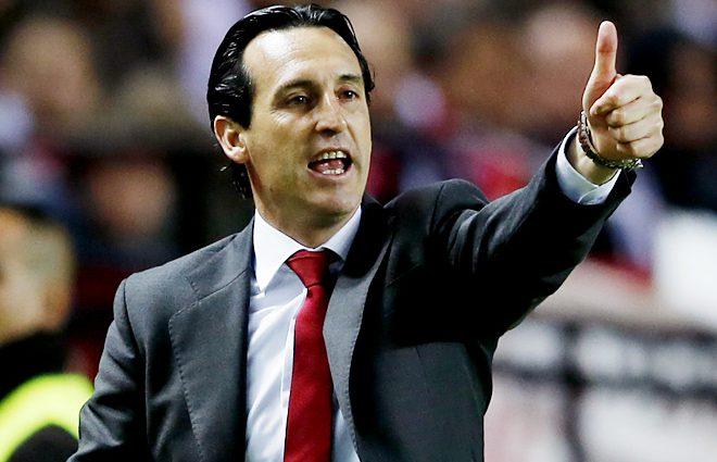 Тренер лондонского «Арсенала» извинился за бутылку, которой попал в фаната