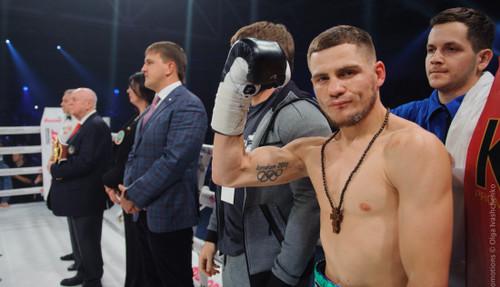 «Ты как в невесомости находишься» Денис Беринчик рассказал, что чувствует боксер, серьезно травмировав соперника