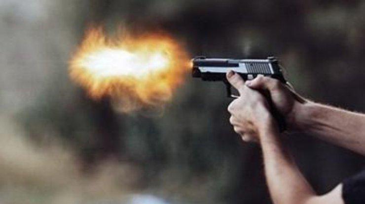 Чудом выжил: На известного футболиста совершили вооруженное нападение в собственном доме