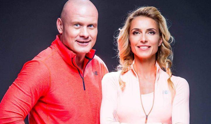«Мои красавицы»: боксер Вячеслав Узелков, после расставания, показал видео с женой и дочкой