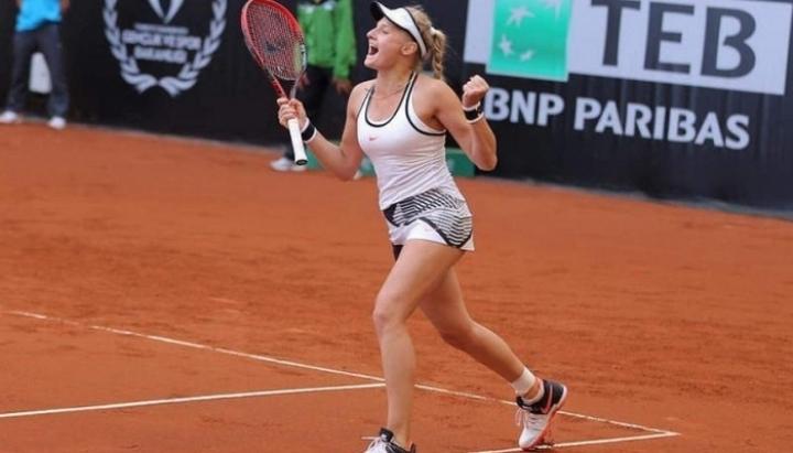 Украинская теннисистка Даяна Ястремская возглавила рейтинг лучших молодых теннисисток мира