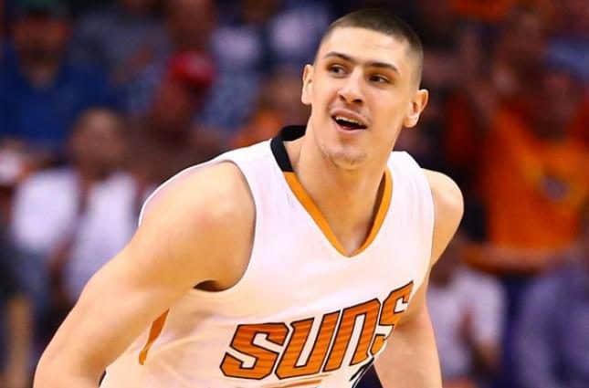 Известный украинский баскетболист установил впечатляющий рекорд в матче НБА