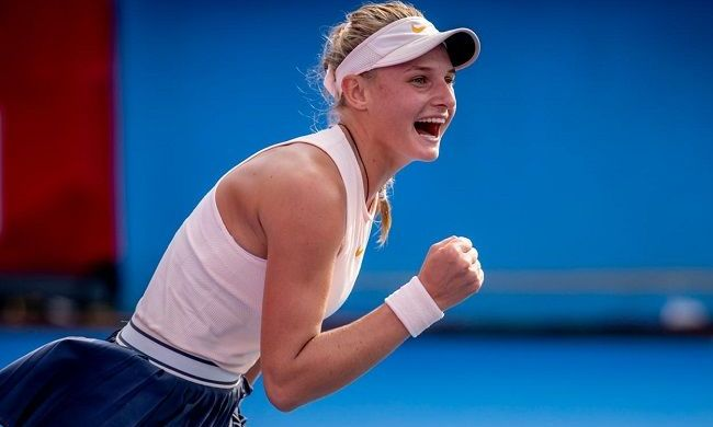 18-летняя теннисистка Даяна Ястремская уверенно пробилась в четвертьфинал турнира WTA