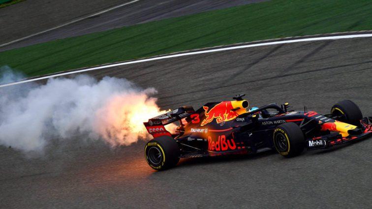 Легендарного гонщика «Формулы-1» выписали из больницы