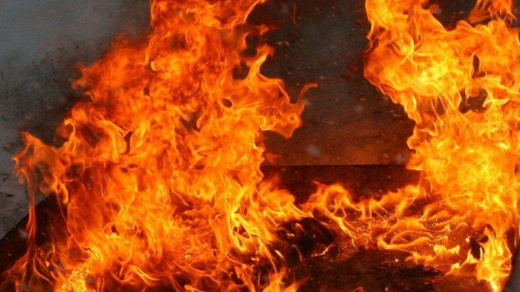 «Одежда вспыхнула мгновенно»: Чемпион мира и призер Олимпийских игр едва не сгорел у себя дома