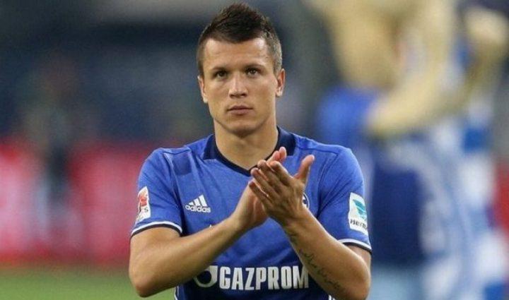«Определился!»: Известный клуб договорился о трансфере Коноплянки